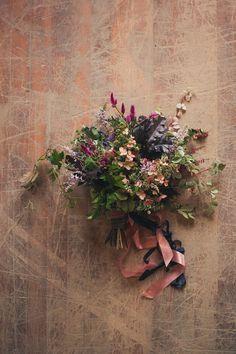 inspiration | sweet florals | repin via: elizabeth messina