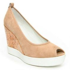 Love these Donald Pliner wedges!!!