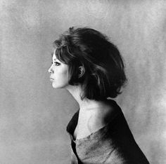 Pattie Boyd in profile, 1963 photo by Eric Swayne