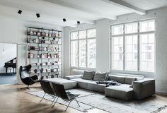 Visit | A masculine loft in Berlin - French By Design