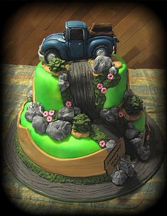 look at the fishing cake