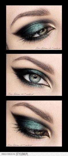 Maquiagem colorida e cintilante para olhos