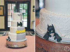 half wedding cake, half batman groom's cake, st louis wedding photographers