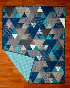 Sewing Block Qults On Point Easy and Quick Quilt Pattern PDF - PDF pattern to make a lap/couch/throw sized quilt. Pattern includes all directions, and fabric requirements. Pattern comes in two sizes, small throw and large throw. Quilt Baby, Colchas Quilt, Man Quilt, Boy Quilts, Quilt Blocks, Quilt For Men, Scraps Quilt, Quilts For Beds, Aqua Quilt