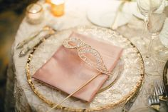 masquerade new year's wedding place setting from XOXO BRIDE | photo by Mi Belle Photographers
