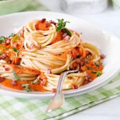 Spaghetti mit Paprika Carbonara und 87.000 weitere Rezepte entdecken auf DasKochrezept.de