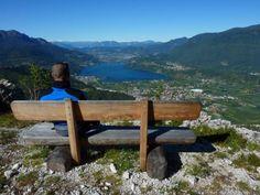 Questa settimana ecco il #SentierodellaPace! Solo i #bikers esperti raggiungono la vetta panoramica più spettacolare del Trentino! Si parte da Caldonazzo e si sale Altopiano della Vigolana.. #bikeintrentino #sentieritrentini #mountainbike  Ph Credits: visittrentino.it