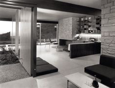 1960 Singleton Residence |Architect: Richard Neutra | Bel Air, CA | Photos: Julius Shulman