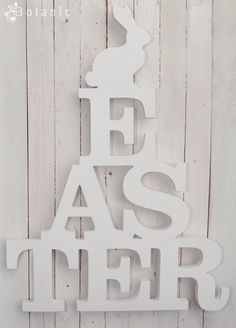 Wooden Easter sign with rabbit - want to make this in vinyl