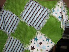 Baby Boy Rag Quilt only I want the green to be turquoise