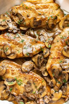 This classic chicken marsala recipe is so easy to make! Marsala wine, garlic, cream, and pan-fried chicken breasts make the most amazing dinner. dinner recipes with chicken Easy Chicken Marsala Marsala Wine, Fried Chicken Breast, Pan Fried Chicken, Lime Chicken, Chicken Marsela, Chicken Base, Breast Recipe, Chicken Recipes, Food Dinners