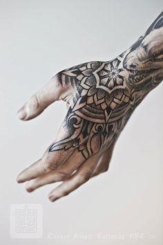 Thomas Hooper – Tattoos