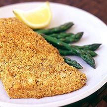 Enjoy a tasty and healthy recipe. Learn how to make Cornmeal-Battered Oven-Fried Catfish. Weight Watchers Canada, Plats Weight Watchers, Weight Watchers Meals, Fish Dishes, Seafood Dishes, Fish And Seafood, Seafood Recipes, Main Dishes, Ww Recipes