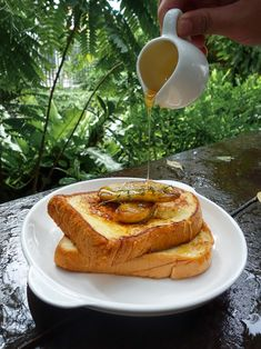 No need to wonder about what to make for breakfast on November 28 — it's National French Toast Day. You know — that thick, sweet, savory dish that's become a staple of the American breakfast diet. Just writing about this topic has us thinking about heading out for a late breakfast. #frenchtoast #fandbrecipes #foodrecipes #foodblog A Food, Good Food, B Recipe, Eat Right, Savoury Dishes, Health And Wellness, French Toast, American Breakfast, Food Porn