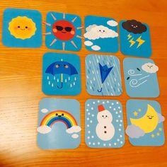 子どもたちと楽しく遊んでいただける ハンドメイド の 絵カード です。 天気 カード 10枚セットになります。 カードから絵が少しはみ出ているところが可愛いと、ご好評いただいております♪  可愛い イラスト に カラーコピー ・ ラミネート 加工をして作っているので長くお使いいただけます。 保育園 、小学校 の 朝の会 が盛り上がること 違いなしです。 きっと楽しく遊びながら学んでいただけると思います(*´ω`)  大きさ:約11cm×9cm  保育士 5年目です(つω`*)実際に私や友人が使って子どもの反応が良かった、喜んでくれたハンドメイドを出品しています? 素人のハンドメイドですので、完璧なお品ではありませんが、1つひとつ大切に作らさせていただいています♪ ※ハンドメイドにご理解のある方のみご購入ください。  【注意事項】 ・ハンドメイドのみ即購入大歓迎です。 ・ご注文が重なった場合は、発送までに1~2週間お時間をいただくことがあります。   キッズスペース・ 壁飾り・ 壁面 ・ 絵カード ・ 手遊び ・ 絵本 ・ ペープサート・ イラスト ・ ハンドメ...