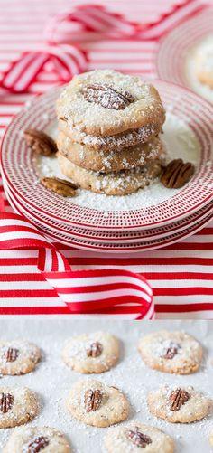Christmas Coconut Pecan Cookies @FoodBlogs