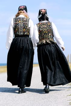 Hello all, this is part three of my overview of Norway, even if I published them out of order. This will cover the west of Norway. Folk Costume, Costumes, Norway, Scandinavian, Textiles, Embroidery, Outfits, Clothes, Beautiful