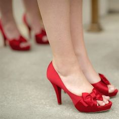 Apple-Red Bridesmaid Shoes ( if I could find these shoes, they would be perfect, but I am leaning towards a tan sandal or open toed scrappy heal. Snow White Wedding, Red Wedding Shoes, Bridal Shoes, Red Bridesmaids, Bridesmaid Shoes, Red High Heels, Red Pumps, Nike Fashion, Fashion Shoes