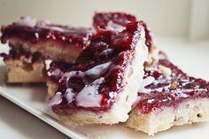 Raspberry shortbread bars