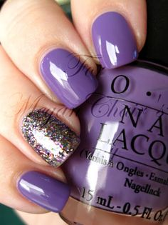 accent nail ( have both these colors)