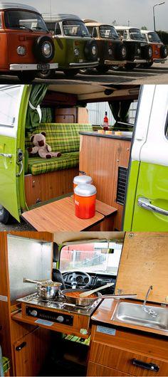 Der Volkswagen T2 mit Hubdach #vw #volkswagen #vwcamper #t2 #camping #travel #campanda