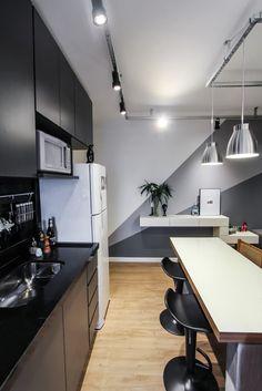 Navegue por fotos de Cozinhas modernas: Apartamento Alto do Ipiranga. Veja fotos com as melhores ideias e inspirações para criar uma casa perfeita.