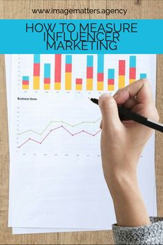 How do you ensure your Influencer Marketing campaign has actually had a positive impact on your brand? Here is how you measure influencer ROI. Digital Marketing Strategy, Business Marketing, Online Marketing, Social Media Marketing, Digital Review, Digital Footprint, Social Media Channels, Influencer Marketing, Seo