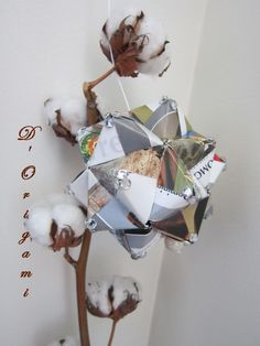 Upcycled spring origami ornament. $13,50, via Etsy. Origami Ornaments, Decoration, Upcycle, Etsy, Christmas Ornaments, Holiday Decor, Spring, Home Decor, Hand Made