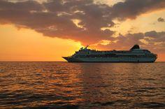 Trabajar en cruceros puede ser tu oportunidad para formarte como profesional y conocer el mundo.