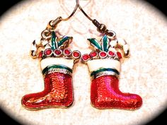These fun santa boot #vintage earrings are a great #holiday gift. They are a…
