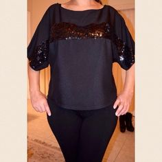 ✨FREE SHIPPING ▪️Express Sequin Shirt Express• Black Sequin Shirt• 100% Polyester• In Excellent Condition• Solid black with a big sequin stripe across the chest• No stains/rips/pulls• Tag says XS but can definitely fit S/M ladies! Express Tops Tees - Short Sleeve