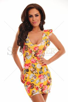Delicious Allure Yellow Dress Club Style, Fabric Textures, Product Label, Yellow Dress, Ruffle Sleeve, Clothing Items, Trendy Outfits, Floral Prints, Feminine