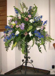 beautiful pedestal flowers
