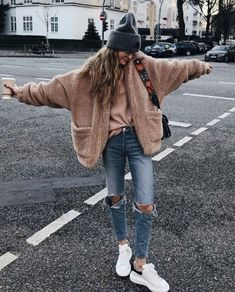 15 great hipster girls outfits for winter - women fashion - 15 great hipster girls outfits for winter hipster girl outfits amazing winter Winter Hipster, Winter Grunge, Hipster Style Fall, Womens Hipster Fashion, Autumn Fashion Hipster, Casual Street Style, Trendy Fashion, Hipster Girl Outfits, Hipster Girls
