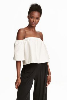 Off-the-shoulder crop top | H&M