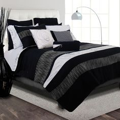 Onyx Three-Piece Duvet Cover Set In Black And White