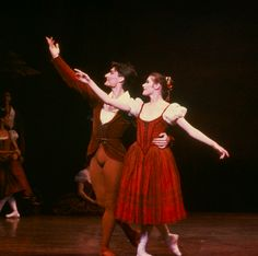 David McAllister and Elizabeth Toohey in the peasant pas de deux from Act 1 of the Australian Ballet's Giselle.