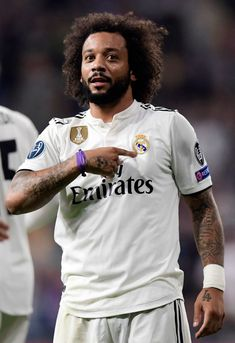 Real Madrid's Brazilian defender Marcelo celebrates his team's second goal during the UEFA Champions League group G football match between Real Madrid CF and FC Viktoria Plzen at the Santiago. Get premium, high resolution news photos at Getty Images Real Madrid Team, Real Madrid Football Club, Real Madrid Players, Messi And Ronaldo, Cristiano Ronaldo, Soccer News, Soccer Sports, Marcelo Real, Liga Soccer