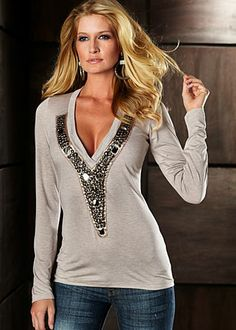 ♥ this Grey top.  Would be cute with a cami bra underneath