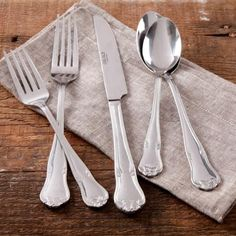 The Pioneer Woman Alex Marie 20-Piece Stainless Steel Flatware Set with Decorative Butterfly - Walmart.com