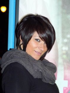 Short Hair Styles- if I could live straightening my hair every day, I would definitely try this hair cut