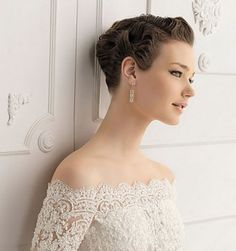 10 Short Wedding Hairstyle Pictures | http://www.short-haircut.com/10-best-short-wedding-hairstyles.html