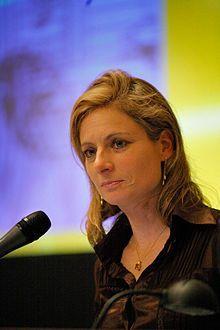 Lisa Randall. http://www.facebook.com/photo.php?fbid=208425919282674=a.208415152617084.26313.208408749284391=1