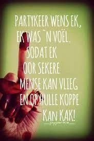 Image result for afrikaans quotes Afrikaanse Quotes, Twisted Humor, Funny Pictures, Funny Pics, Qoutes, Funny Memes, Language, Sayings, Rugby