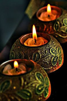 The #art on these #candleholders, doesn't it make your heart skip a beat?