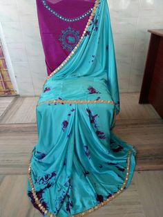 Satin shibouri sarees with blouse embroidery and mirror work lace Elegant Fashion Wear, Trendy Fashion, Shibori Sarees, Pure Georgette Sarees, Indian Bridal Fashion, Cotton Dresses, Bridal Style, Blouse Designs, Satin