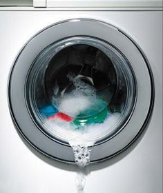 A quick guide to preventing mold and mildew in your washing machine.