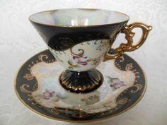 Šálek na kávu * bílý porcelán ručně malovaný krásnou černě zlatou dekorací…