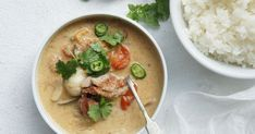 Don't be put off by all the ingredients. They are also easier to find than you may think. This recipe is delicious and a real crowd pleaser. Goes exceptionally well with coconut rice. Coconut Rice, Coconut Cream, Japanese Chicken Curry, Duck Curry, Peking Duck, Keto Friendly Desserts, Fresh Coriander, Curry Paste, Curry Recipes