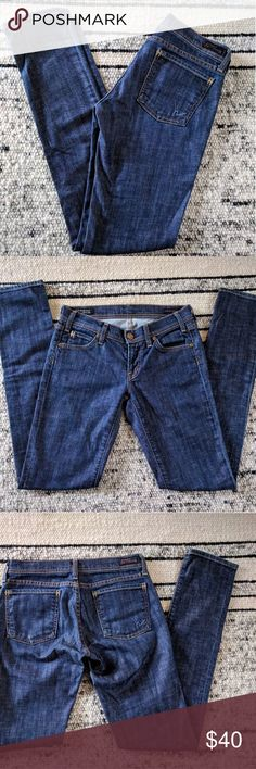Citizens of Humanity Avedon skinny jeans Dark wash skinny jeans by COH! Excellent condition. The natural color of the jeans is closest to my close ups of the tag. Size 26. Citizens Of Humanity Jeans Skinny